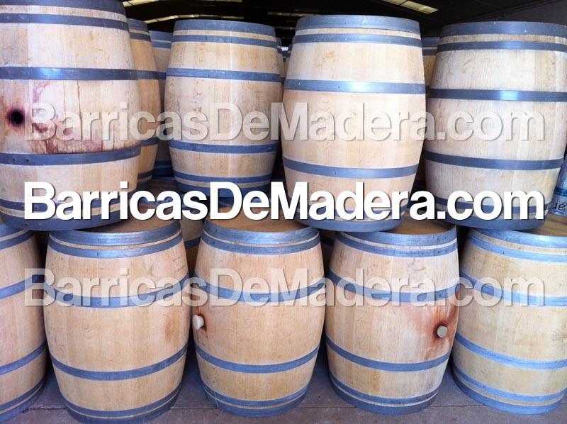 Barricas baratas reciclaje y for Mesas de madera baratas precios