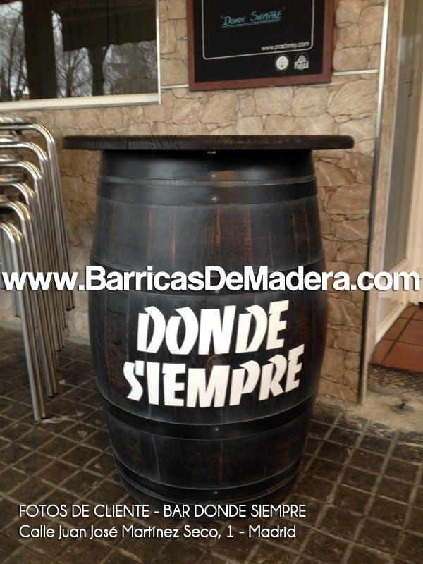 FOTOS DE BARRICAS DE CLIENTES BAR DONDE SIEMPRE MADRID 01 Barricas publicitarias y barricas con logo
