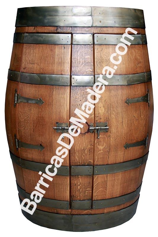 Mueble bar hecho con barricas for Bar barril de madera