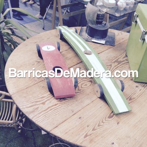 Coche-con-duelas-de-barricas-usadas-lahabanadecoracion02
